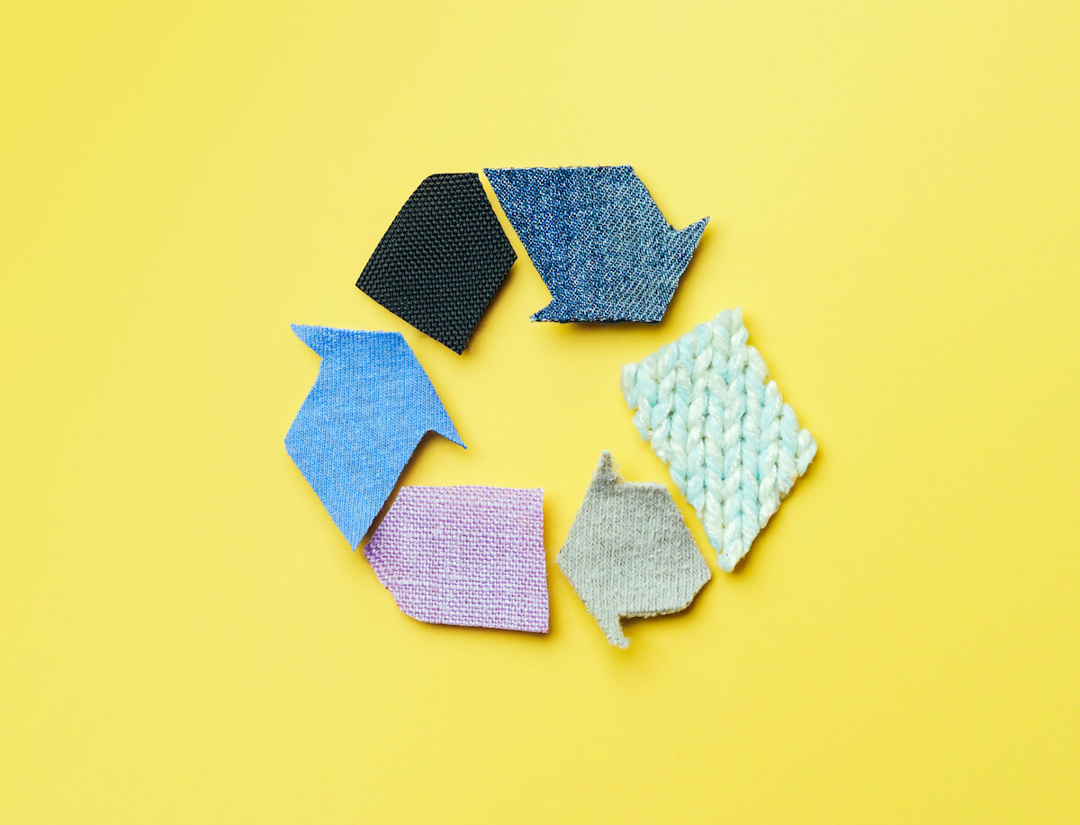 6 ways to recycle your old clothes