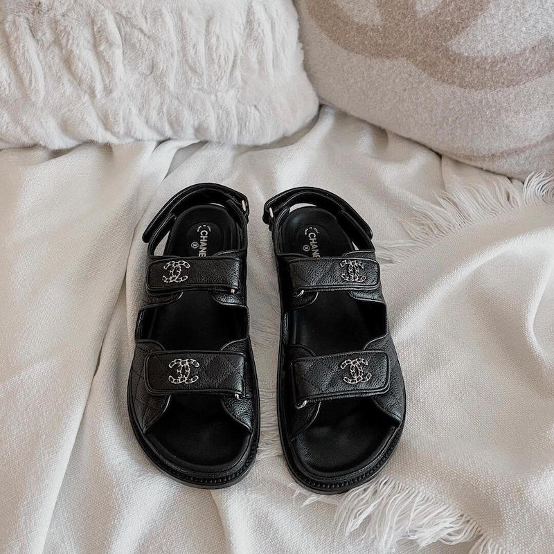 9 affordable pairs of sandals that look like exactly like Chanel
